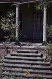 Está a casa velha da entrada, Imagem de Stock