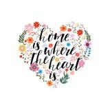 Está el hogar donde corazón - dé el texto exhausto del vector en vagos florales ilustración del vector