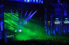 Estádio completamente com multidão Fotografia de Stock Royalty Free