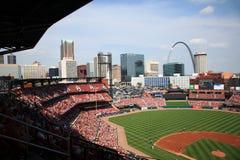 Estádio de Busch - cardeais de St Louis fotografia de stock royalty free
