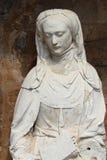 A estátua Blessed foi instalada na frente da igreja de St Martin em Luche-Pringe (França) Foto de Stock Royalty Free