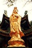 estátua budista do Bodhisattva de Guanyin, Bodhisattva de Avalokitesvara, deusa da mercê Imagens de Stock Royalty Free