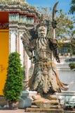 Estátua chinesa no templo, Banguecoque Imagens de Stock