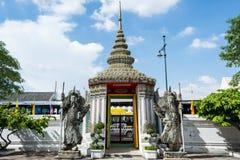 Estátua chinesa velha em Wat Pho fotografia de stock
