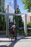 A estátua cinco famosa aka, Calgary, Canadá Fotografia de Stock Royalty Free