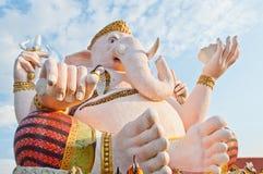Estátua cor-de-rosa do ganesha no parque de Siamganesh imagem de stock royalty free