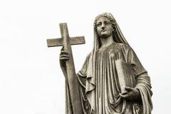 Estátua cristã da mulher no cemitério ou no Recoleta Fotos de Stock