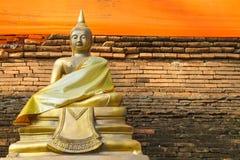 Estátua da Buda de Seat Imagens de Stock Royalty Free
