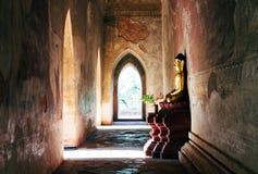 Estátua da Buda em Myanmar Imagens de Stock
