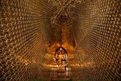 A estátua da Buda em um pagode de Bagan Imagens de Stock