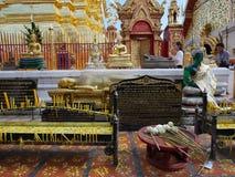 Estátua da Buda no templo de Doi Suthep em Chiang Mai Imagens de Stock Royalty Free