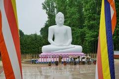 Estátua da Buda o em New-jersey centro budista de Vihara & de meditação Imagens de Stock Royalty Free