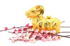 Estátua da cabra pelo ano novo chinês 2015 Imagens de Stock