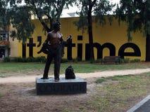 Estátua da coragem em Fitzroy, Melbourne fotos de stock royalty free