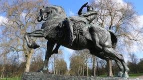 Estátua da energia física Fotos de Stock Royalty Free