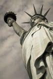 Estátua da liberdade, fim acima em preto e branco Imagens de Stock Royalty Free