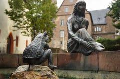 Estátua da princesa e da rã Imagens de Stock Royalty Free