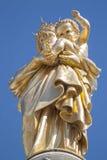 Estátua da Virgem Maria em Notre-Dama-de-la-Garde Marselha Imagens de Stock