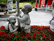 Estátua das crianças imagens de stock