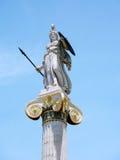 Estátua de Athena em uma coluna Fotografia de Stock Royalty Free