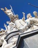 Estátua de Athena na frente do parlamento austríaco Imagem de Stock Royalty Free