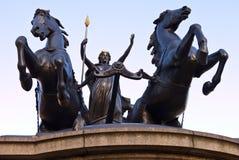 Estátua de Boadicea em Westminster Londres fotos de stock royalty free