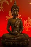 Estátua de bronze de Buddha fotografia de stock