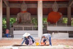 Estátua de buddha da construção do trabalhador Foto de Stock