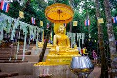 Estátua de Buddha em Tailândia Fotos de Stock Royalty Free