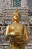 Estátua de Buddha no aroon Banguecoque Tailândia do wat Imagens de Stock