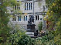 Estátua de Charles Darwin fotografia de stock