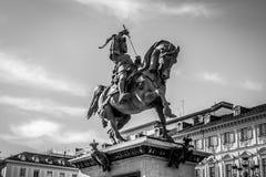 Estátua de Emanuele Filiberto di Savoia, Turin, Itália foto de stock