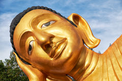 Estátua de encontro da Buda Fotos de Stock