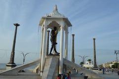 Estátua de Gandhi, praia do passeio, Puducherry imagens de stock