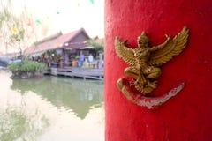 Estátua de Garuda montada na parede Imagem de Stock