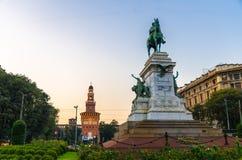 Estátua de Giuseppe Garibaldi do monumento, Milão, Lombardy, Itália imagem de stock royalty free