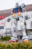 Estátua de Gundam na plaza do Tóquio de DivercCity no Tóquio Imagens de Stock