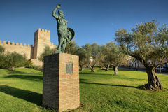 Estátua de Ibn Marwan, fundador de Badajoz, Espanha Fotos de Stock Royalty Free