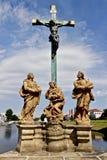 Estátua de Jesus crucificado Fotos de Stock Royalty Free