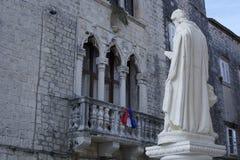 A estátua de Jesus em Trogir Imagens de Stock