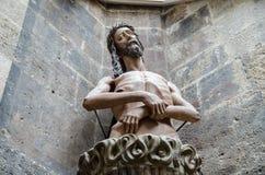 Estátua de Jesus na catedral Stephansdom de St Stephen imagem de stock