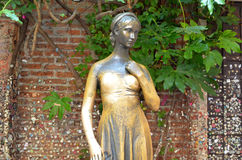 Estátua de Juliet em Verona Italy Fotografia de Stock Royalty Free