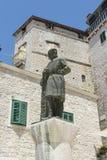 Estátua de Juraj Dalmatinac em Sibenik, Croácia Fotografia de Stock Royalty Free