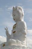 Estátua de Kuan Yin buddha imagem de stock