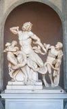 Estátua de Laocoon e seus filhos no museu do Vaticano foto de stock royalty free
