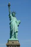 Estátua de liberdade no porto de New York Imagem de Stock Royalty Free