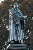 A estátua de Luther worms Alemanha imagem de stock