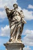 Estátua de mármore do anjo do Sant'Angelo Bridge Imagens de Stock Royalty Free