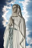 Estátua de Mary de Virgin Fotografia de Stock Royalty Free