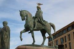 Estátua de Napoleon Bonaparte em um cavalo no quadrado de Diamant, Ajácio, Córsega, França imagem de stock royalty free